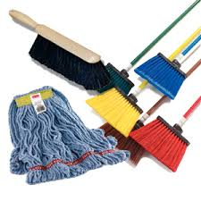 Brooms/Mops/Brushes/Squeeges